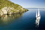 SAIL BARBARY - Lake Taupo