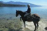KEPLER OAKS BOUTIQUE, TREK, PONY & FARMLET TOURS  -  Te Anau